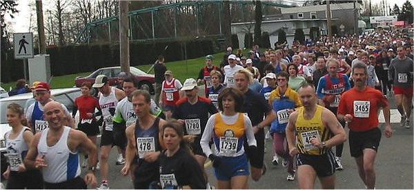2003 Comox Valley Half Marathon - Start Scene 3