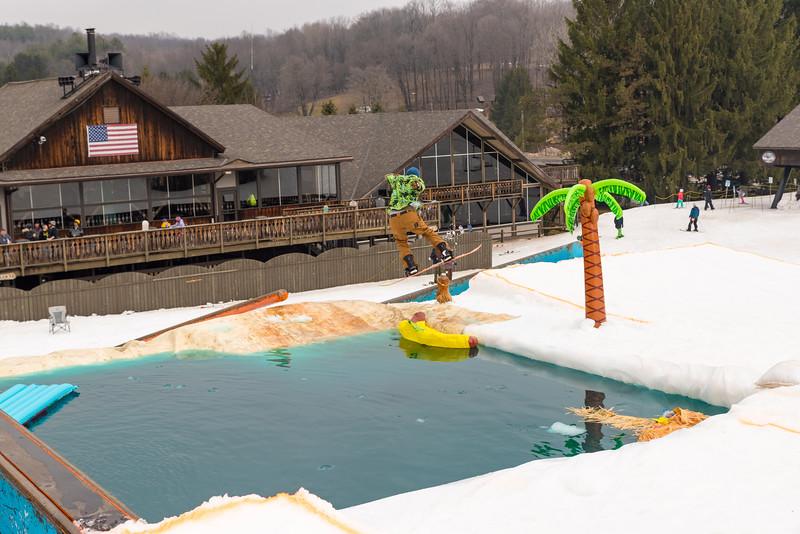 Pool-Party-Jam-2015_Snow-Trails-857.jpg