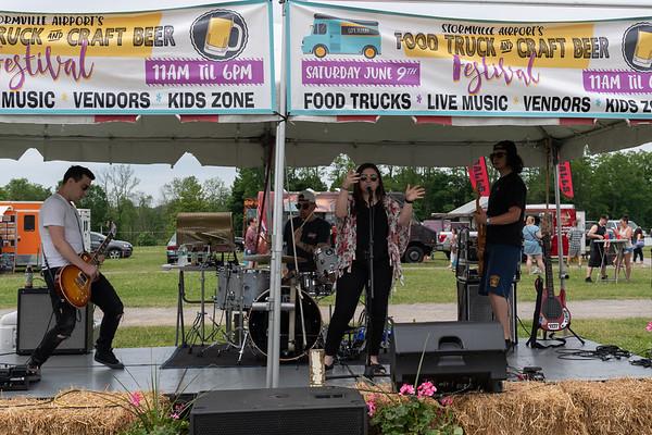 AMANDA & MIDNIGHT GLORY @ FOOD TRUCK FESTIVAL