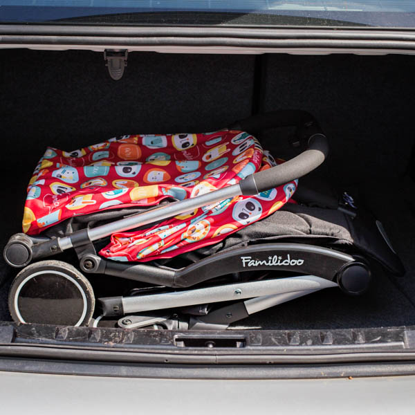 Familidoo_Air_Lifestyle_Black_Folded_In_Car_Boot.jpg