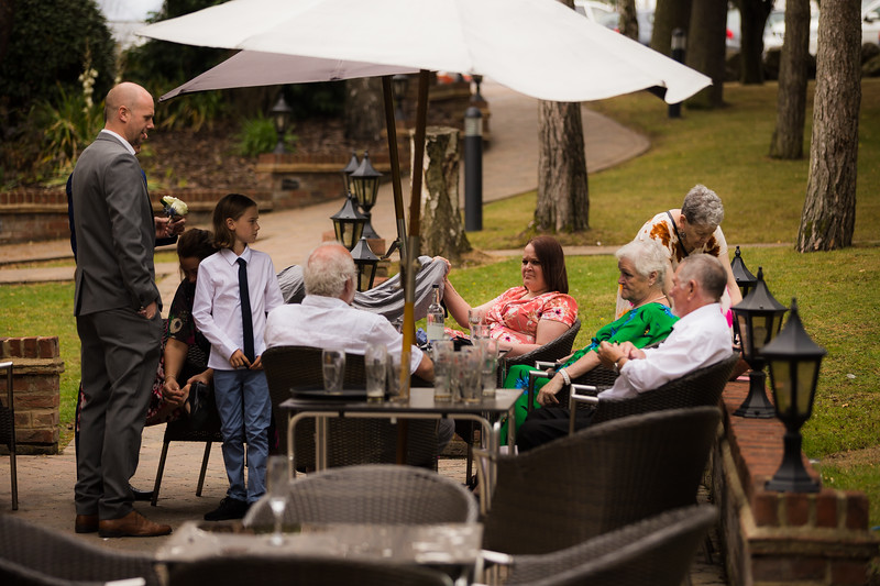 Sam_and_Louisa_wedding_great_hallingbury_manor_hotel_ben_savell_photography-0010.jpg