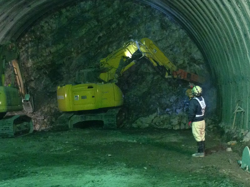 NPK GH10 metro tunnel excavation