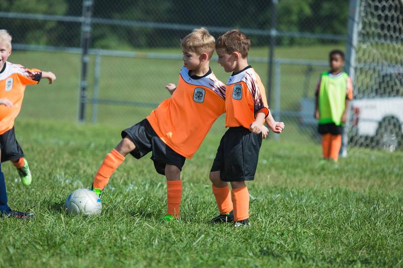 gabe fall soccer 2018 game 2-195.jpg