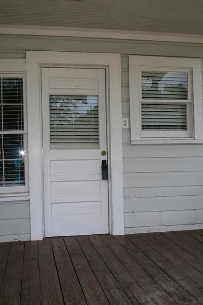 backdoor / back porch prerenovation