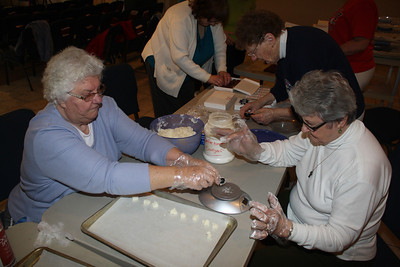 Volunteers Making Candy, Salvation Army, Tamaqua (3-12-2012)