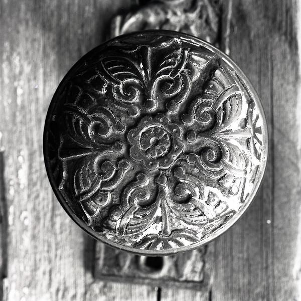 48145761_door knob