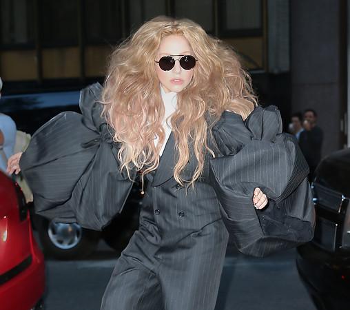 2013-09-06 - Lady Gaga, Heidi Klum, Jessica Biel