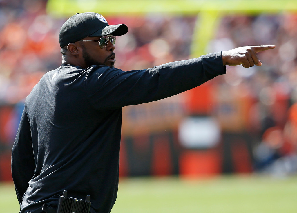 . Pittsburgh Steelers head coach Mike Tomlin reacts during the second half of an NFL football game against the Cleveland Browns, Sunday, Sept. 10, 2017, in Cleveland. (AP Photo/Ron Schwane)