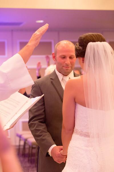 Matt & Erin Married _ ceremony (216).jpg