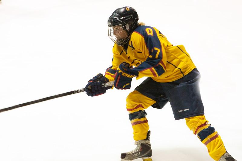20130310 QWHockeyvsUBC 467.jpg