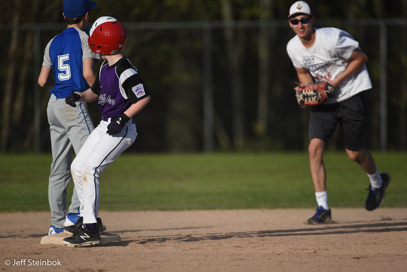 04-24 vs SLL Dodgers (11 of 18).jpg