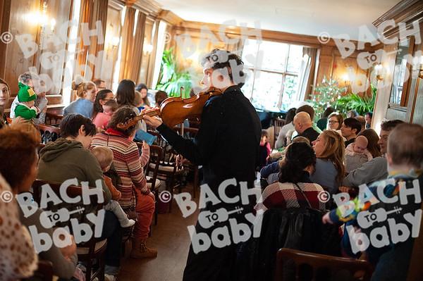 ©Bach to Baby 2019_Laura Woodrow_HampsteadBurghHouse_2019-18-12_ 34.jpg
