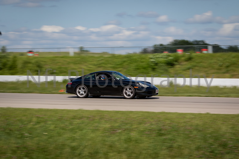 Flat Out Group 4-170.jpg