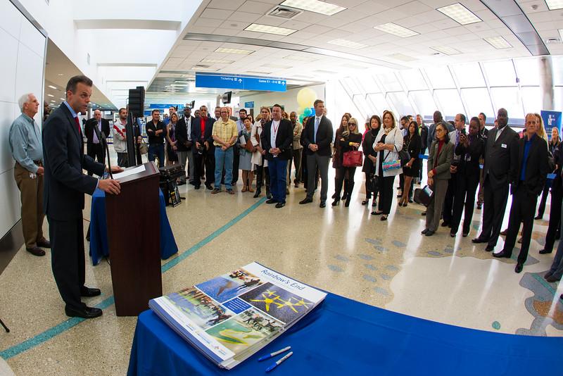Mayor Marty Kiar Rainbow's End @  Fort Lauderdale-Hollywood International Airport