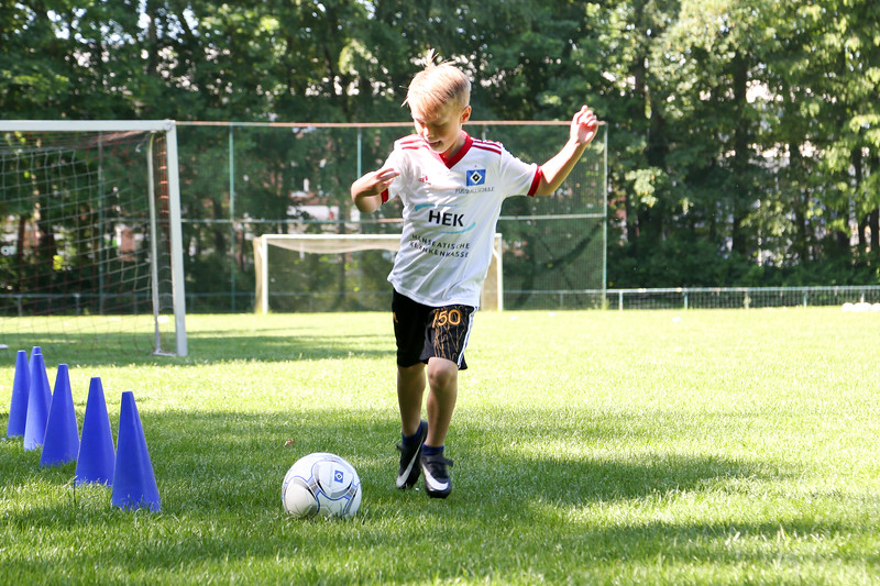 hsv_fussballschule-080_48048029472_o.jpg