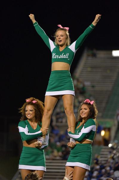 cheerleaders5604.jpg