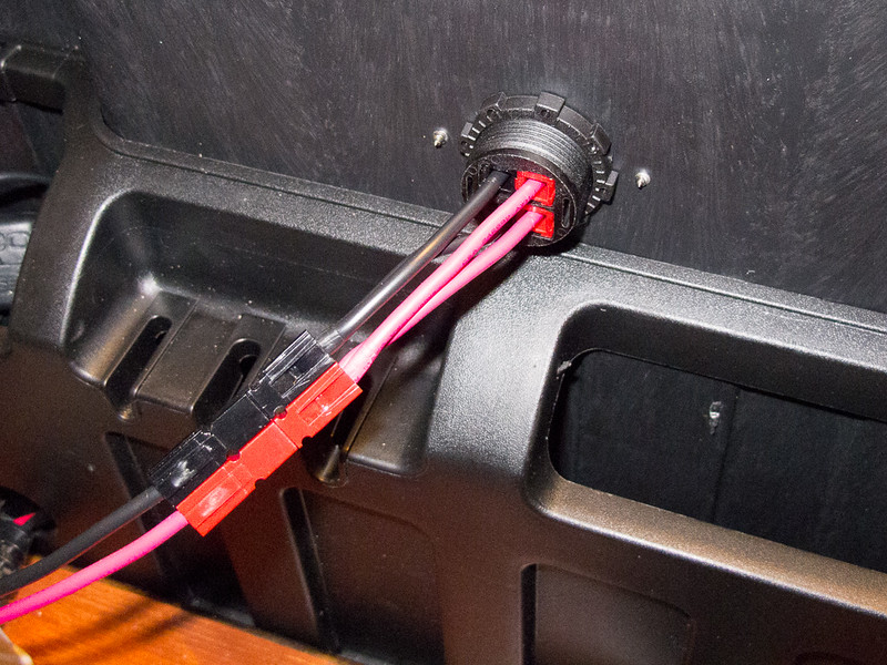Closeup of Powerpole outlet on the back of the case.  this will connect to a similar outlet on the radio case to provide power for the radio (s).