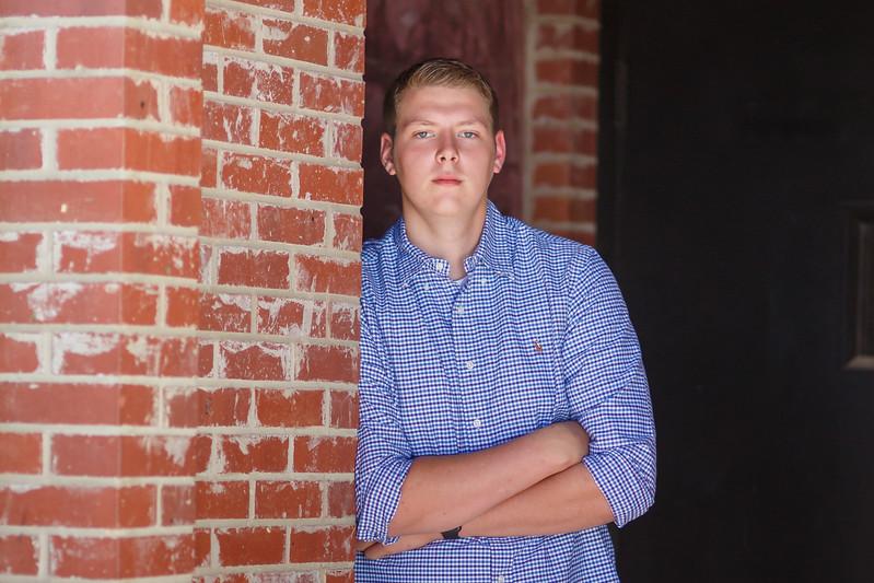 Senior Tyler A. 2017 (33).jpg