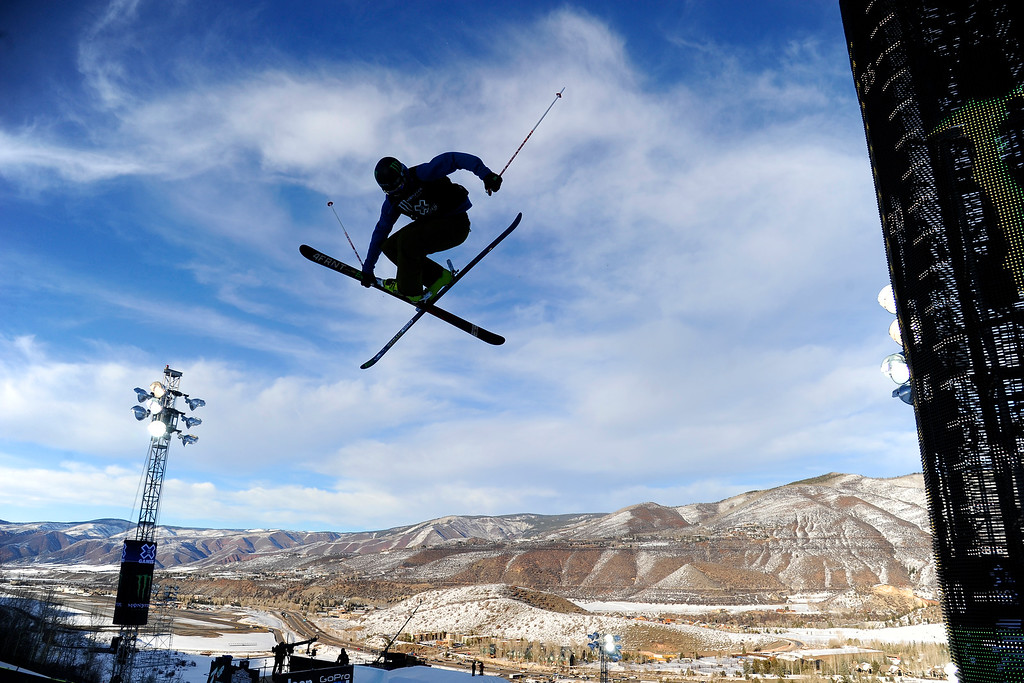 . ASPEN, CO. - JANUARY 25:  David Wise catches big air at Ski Superpipe Men\'s Finals at Winter X Games 2015, Sunday, January 25.  (Photo By Mahala Gaylord/The Denver Post)
