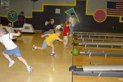 YMCA CDC bowling @ Sportsman's Lanes (2004)