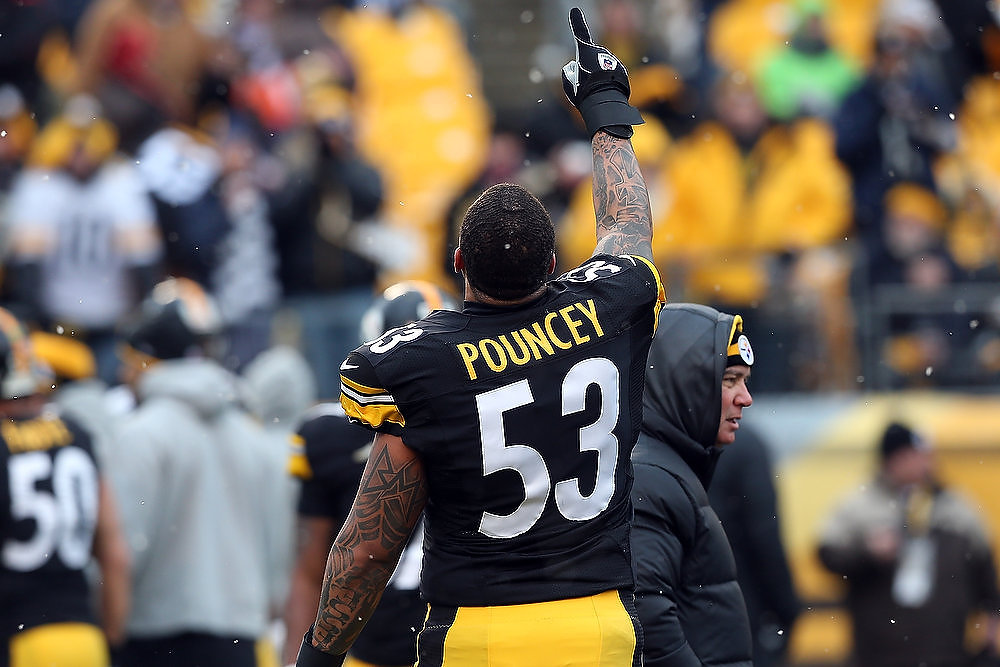Description of . Maurkice Pouncey #53 of the Pittsburgh Steelers warms up before his game against the Cleveland Browns at Heinz Field on December 30, 2012 in Pittsburgh, Pennsylvania.  (Photo by Karl Walter/Getty Images)