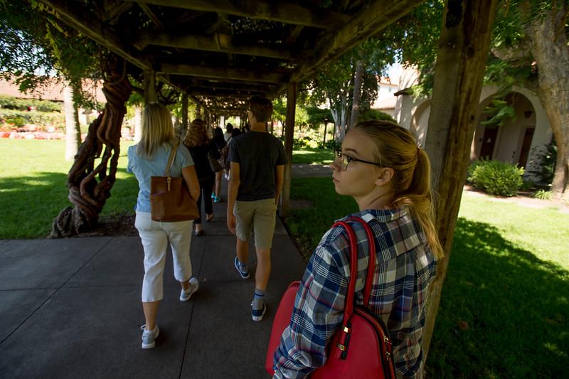 Maggie_Cal_Coll_tour-Santa_Clara-7077-72 DPI.JPG