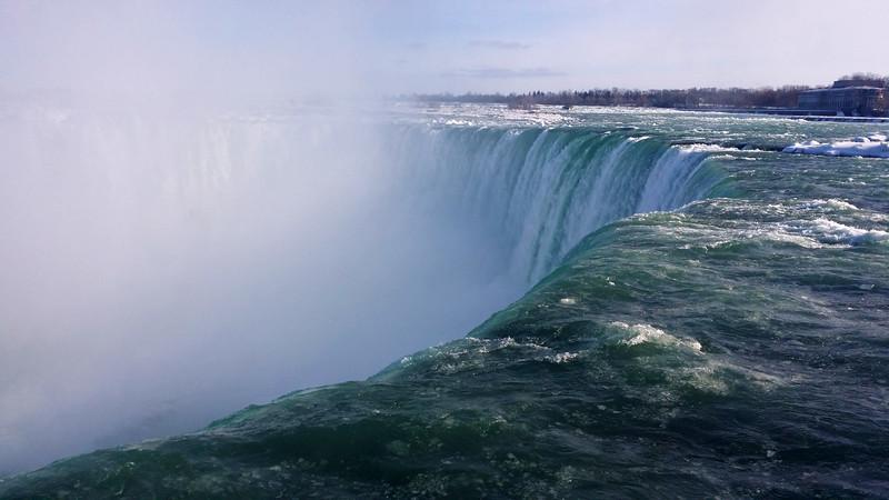 NiagaraFalls-Winter12.jpg