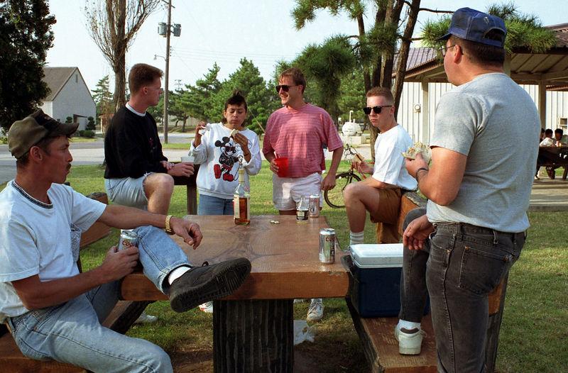 1992 09 19 - BBQ at Falcon field 02.jpg