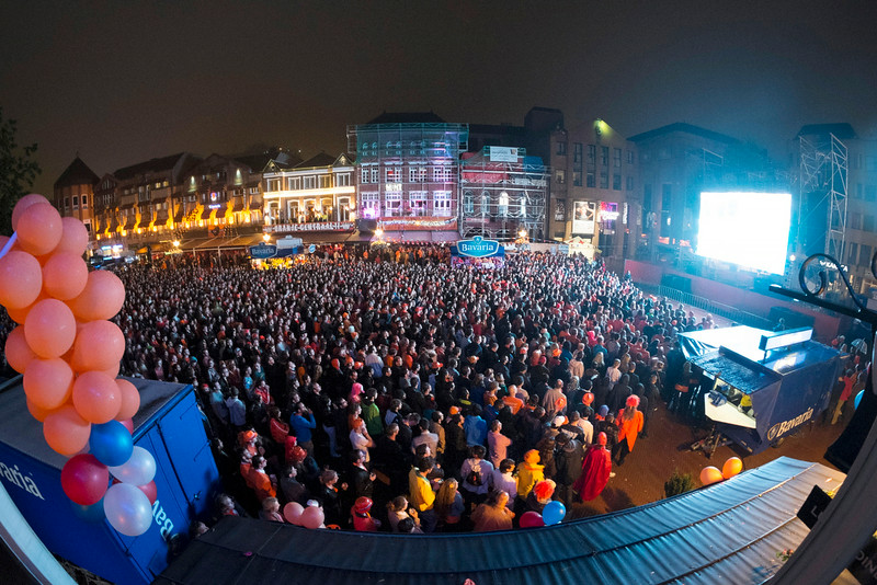. Thousands of soccer fans watch a live broadcast of the FIFA World Cup semifinal soccer match between Netherlands and Argentina on a giant screen in the center of Eindhoven, Netherlands, Wednesday, July 9, 2014. (AP Photo/Phil Nijhuis)