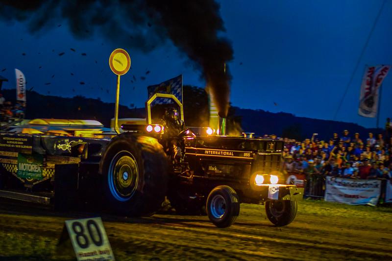 Tractor Pulling 2015 V3-2-67.jpg