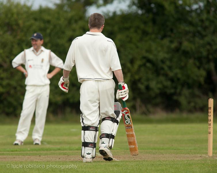 110820 - cricket - 253-2.jpg