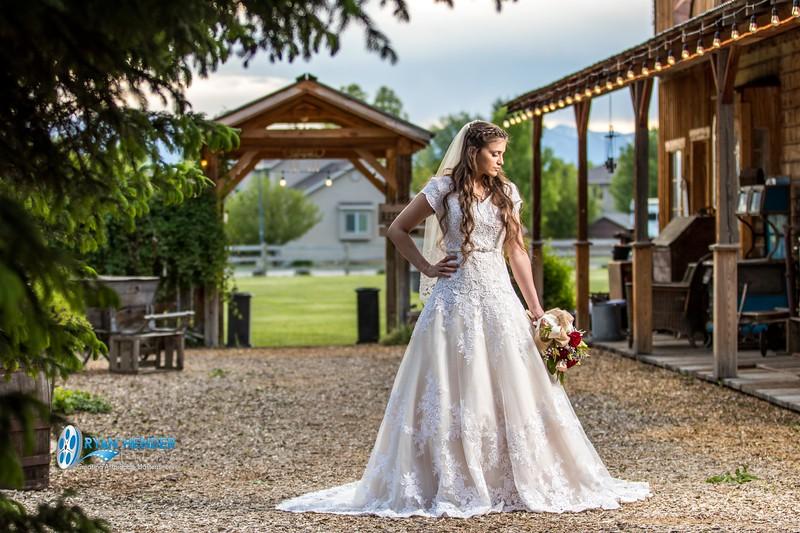 barbwire and lace bridal photo shoot brooklyn -115.jpg