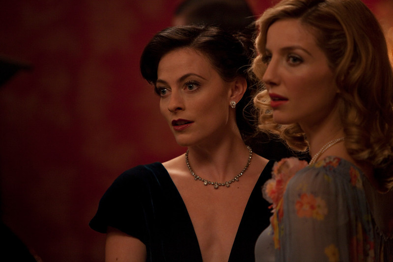 . (L) Lara Pulver as Ann O�Neill and Annabelle Wallis as Muriel. (Photo by Ecosse Films)