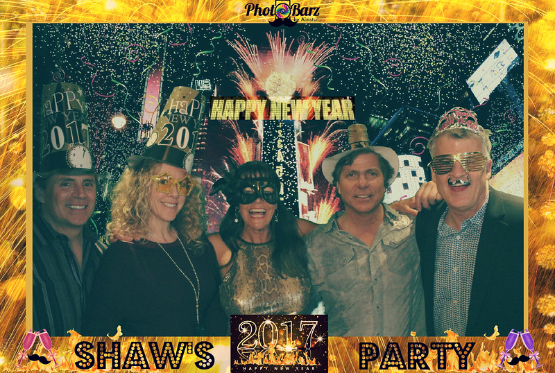 Shaws NYDay Party (39).jpg
