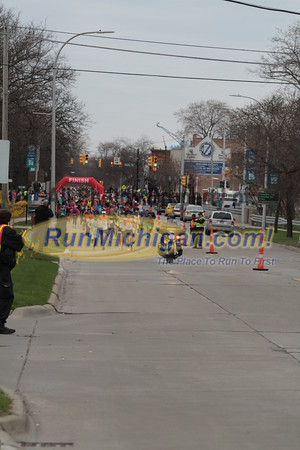 Half Marathon Start - 2015 Lets Move Festival of Races