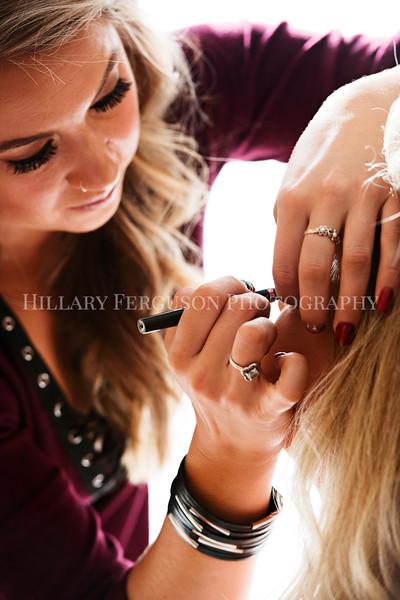 Hillary_Ferguson_Photography_Melinda+Derek_Getting_Ready101.jpg