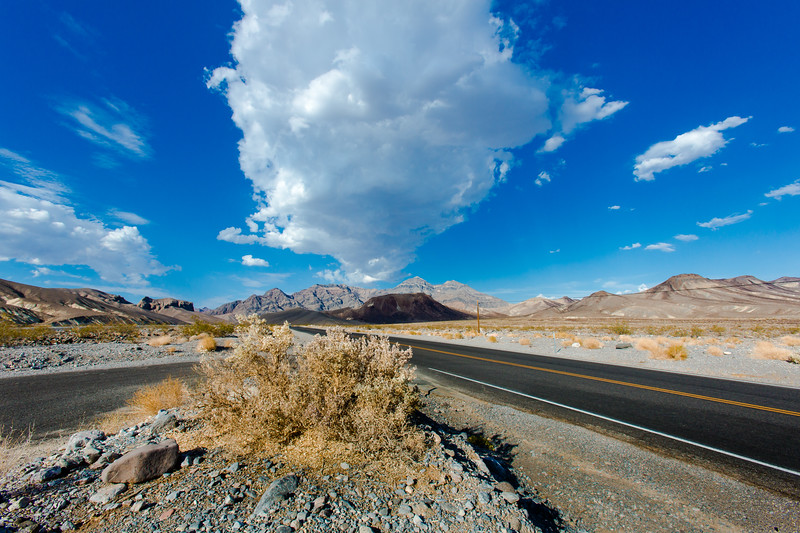 death-valley-roadsideview-great-sky.jpg
