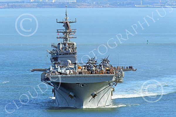 U.S. Navy USS Bonhomme Richard (LHD-6) Amphibious Assault Ship Warship Pictures