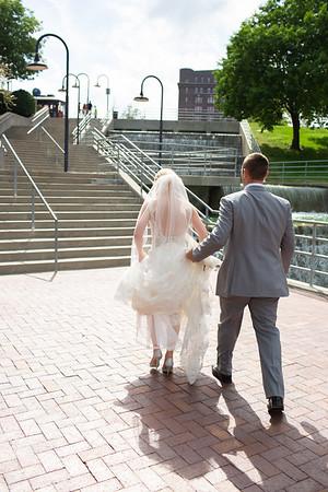 7. Bride + Groom