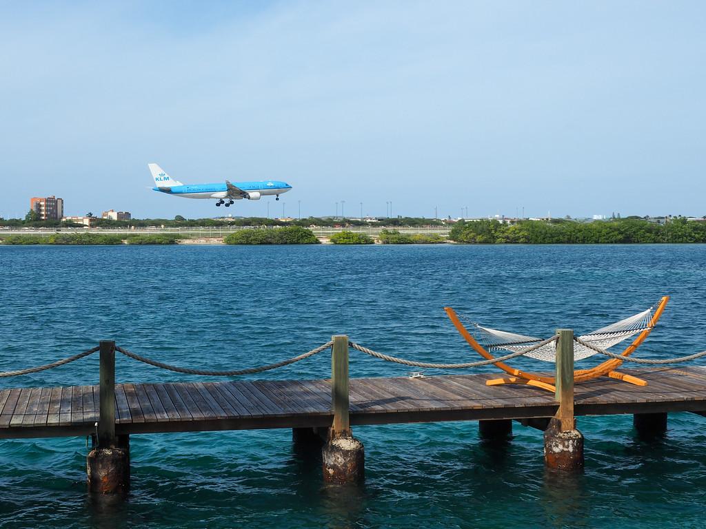 Plane landing in Aruba