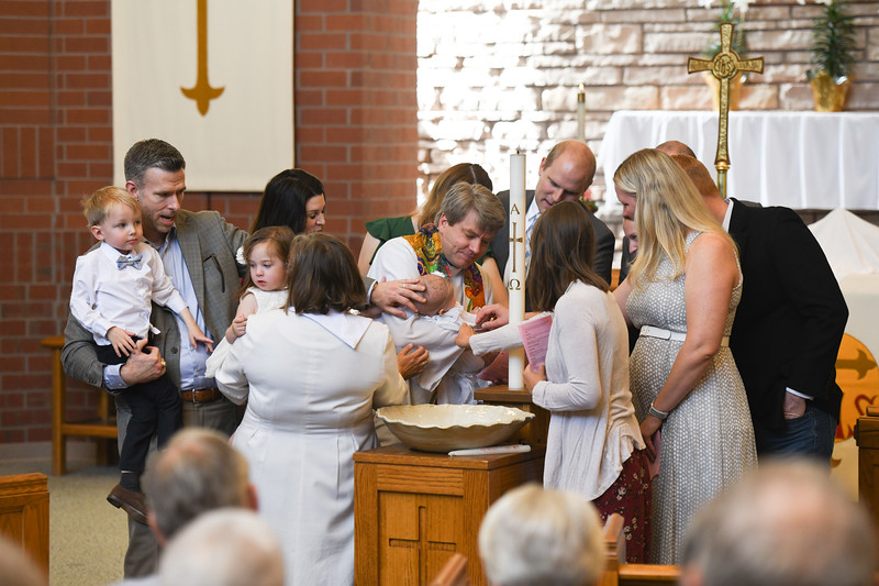 2019-04-28 Maggie and Iris Baptism 031.jpg