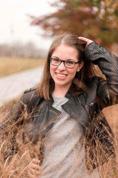 Claire-Senior2018-0043.jpg