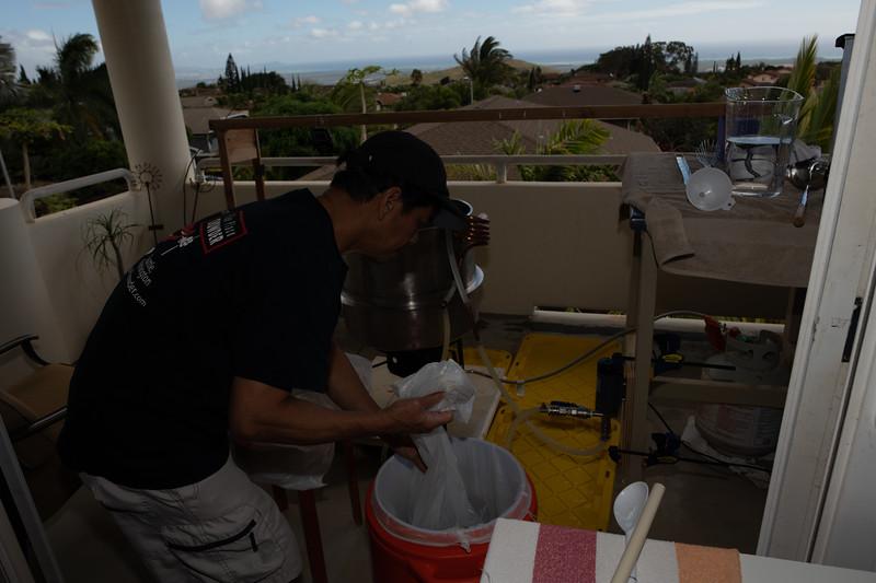 Hawaii - Brewing Beer-23.jpg