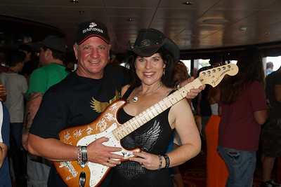 AUCTION GUITARS SIMPLE MAN CRUISE VII