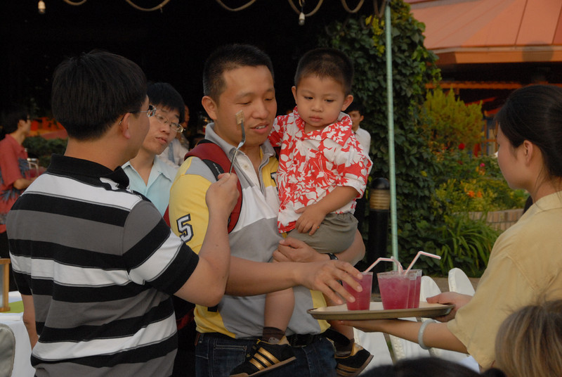 [20120630] MIBs Summer BBQ Party @ Royal Garden BJ (7).JPG