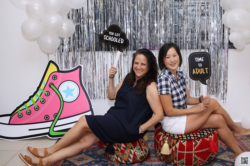 graduation-party-class-of-2021-instant-print-photo-booth-in-ho-chi-minh-Chup-hinh-in-anh-lay-lien-Tiec-Tot-Nghiep-2021-WefieBox-Photobooth-Vietnam-cho-thue-photo-booth-103.jpg