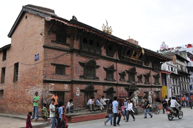 080523 3161 Nepal - Kathmandu - Temples and Local People _E _I ~R ~L.JPG