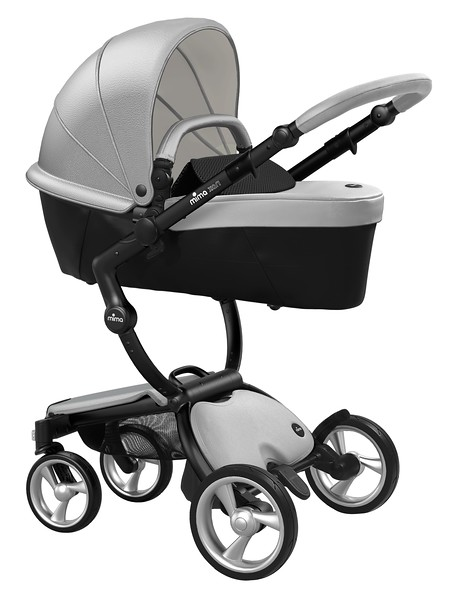 Mima_Xari_Product_Shot_Argento_Black_Chassis_Black_Carrycot.jpg