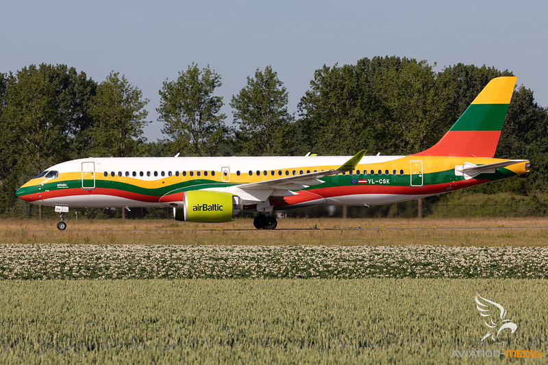 "Air Baltic | Airbus A220-371 | YL-CSK | ""Lithuanian Flag"" livery"