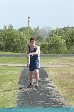 TRACK AND FIELD 041107